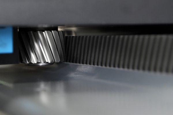 Frezarka CNC - listwa jezdna