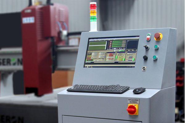 Frezarka CNC - Szafa sterownicza